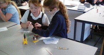 Key Stage 2 Science Pupils come to The Henry Box School